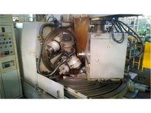 Universal bevel gear milling ma