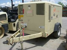 2007 Doosan Portable Power VHP4