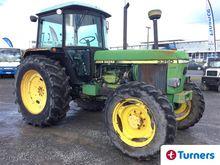 1991 John-Deere 3350