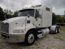 2009 MACK PINNACLE CXU613